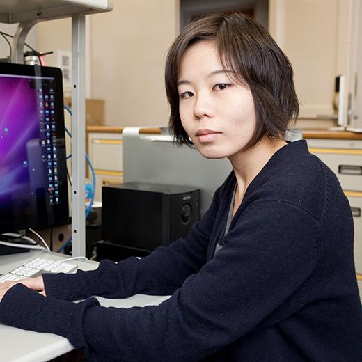 横田 知加子